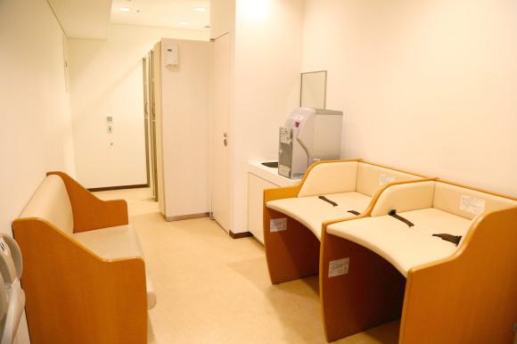 授乳室、おむつ交換室